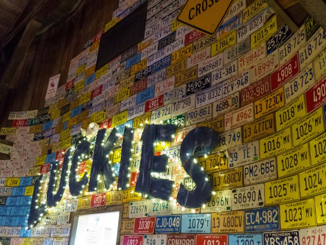 Luckies Bar and Grill